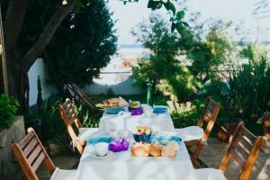 colazione breakfast prodotti tipici sardegna b&b sa cruxitta portoscuso mare vacanza